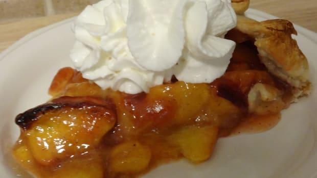 how-to-make-a-peach-nectarine-galette