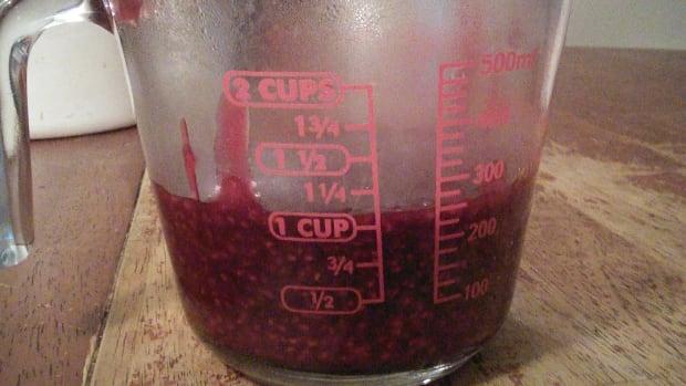 homemade-raspberry-filling