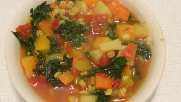 winter-vegetable-barley-soup