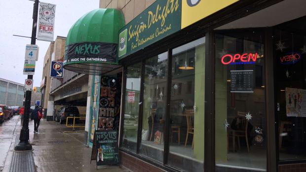 review-of-saigon-delights-in-kingston-ontario