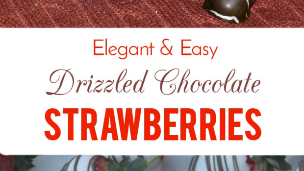 chocolate-covered-strawberries-with-elegant-drizzle-decoration