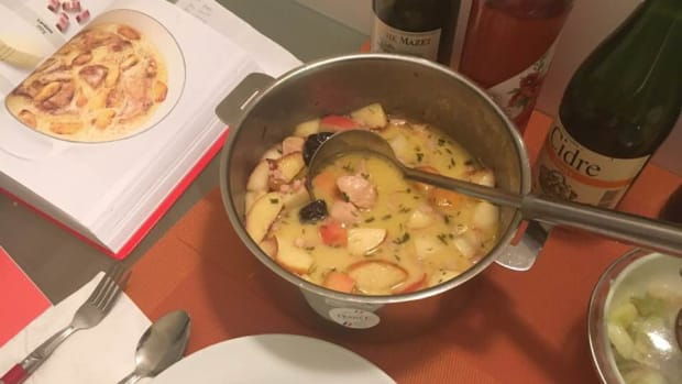chicken-in-a-cream-cider-sauce-with-prunes-and-apples-recipe