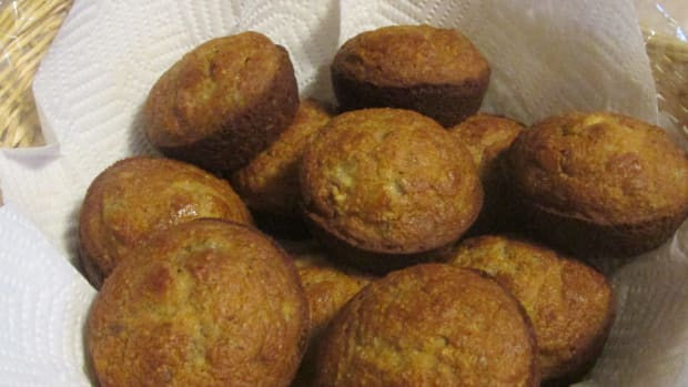 banana-nut-muffins-that-are-sugar-free-and-low-fat
