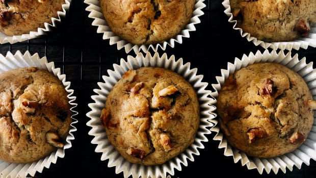 easy-and-healthy-homemade-banana-muffins