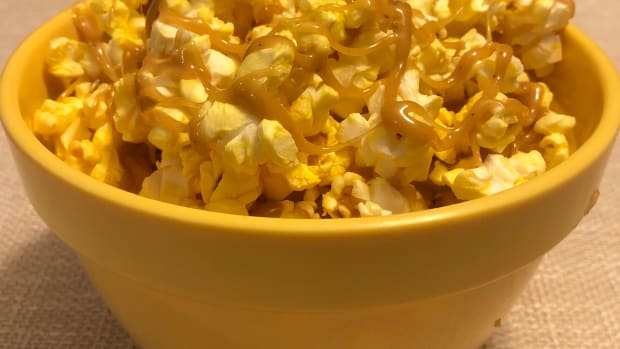peanut-butter-carmel-popcorn
