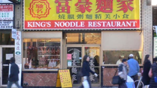 top-5-cheap-food-spots-in-downtown-toronto