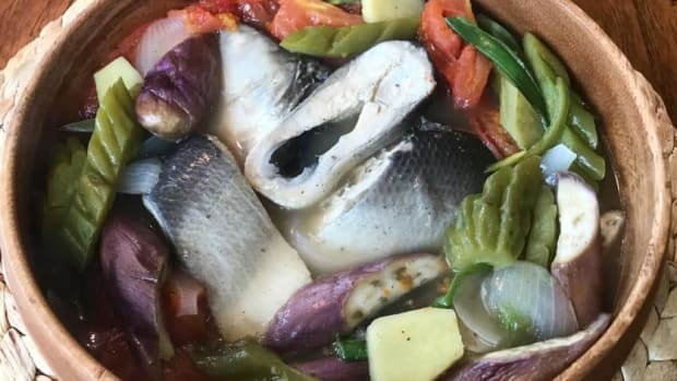 paksiw-na-isda-filipino-fish-stew-in-vinegar