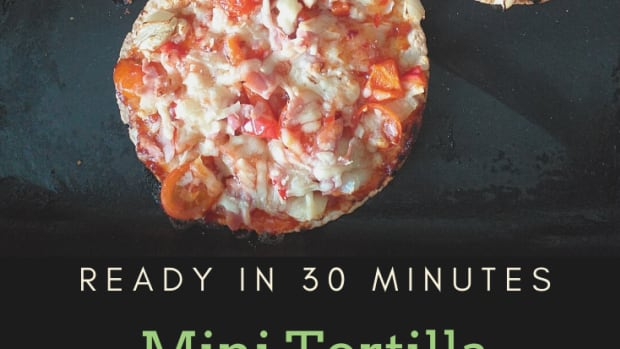 mini-tortilla-pizza-with-chili-flavored-toppings