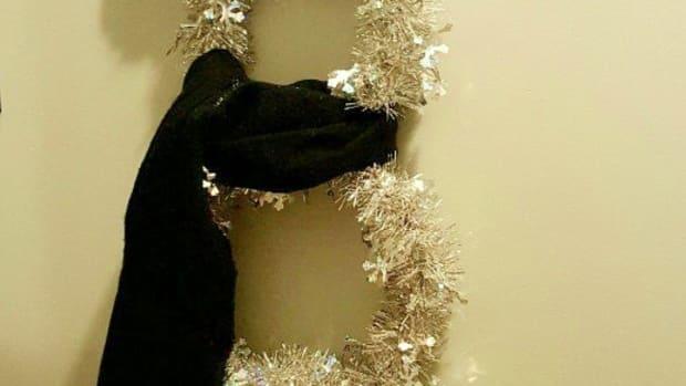 make-a-snowman-wreath