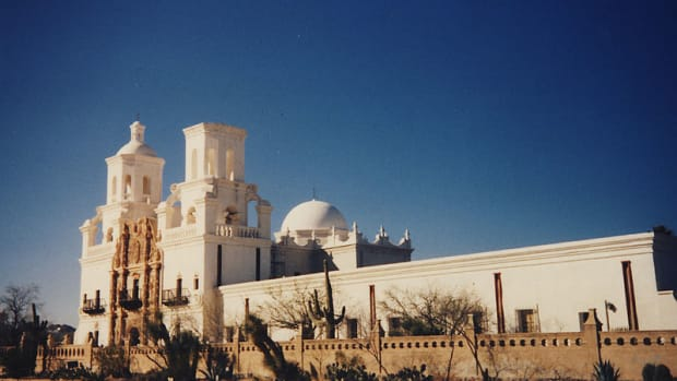 san-xavier-del-bac-mission-and-the-esmeralda-mine