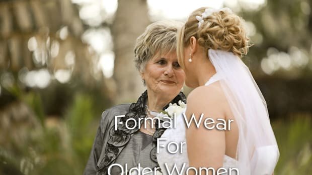 formal-wear-for-older-women