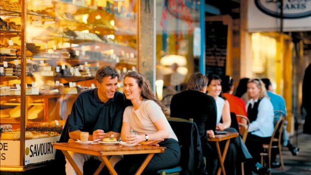 romantic-conversation-starter-for-couples-things-to-talk-about-on-date-night-how-to-talk-to-your-spouse