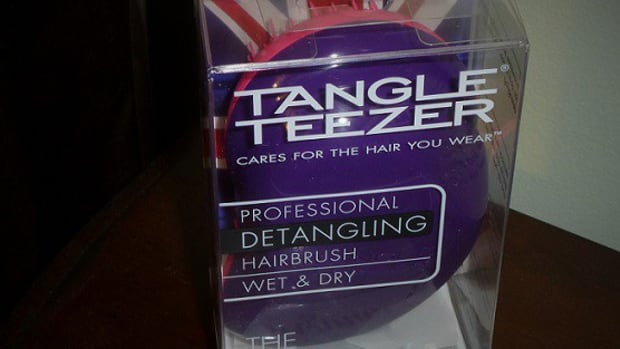 the-original-detangling-hairbrush-by-tangle-teezer