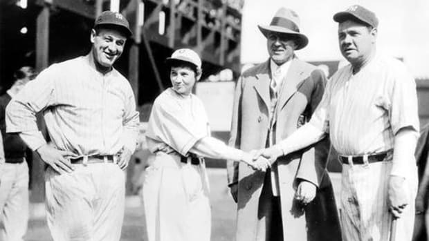 jackie-mitchell-was-the-only-professional-female-baseball-player-to-strike-out-babe-ruth-and-then-lou-gehrig