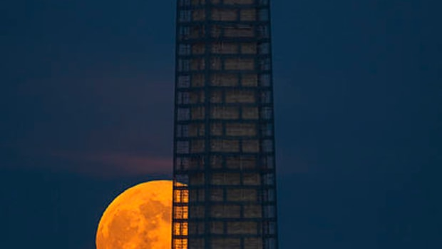 supermoons-and-earthquakes-is-there-a-connection