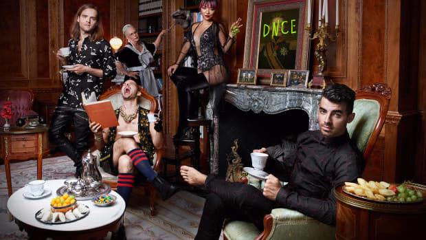 review-dnces-album-dnce