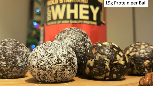 easy-no-bake-chocolate-protein-balls-recipe