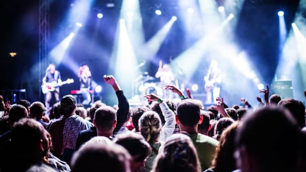8-things-ive-learned-as-a-full-time-cover-band-musician