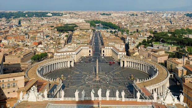 vitising-the-vatican-in-rome