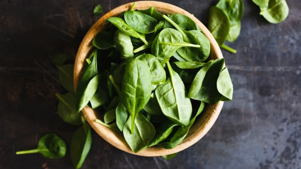9-healthy-reasons-why-you-should-eat-more-spinach
