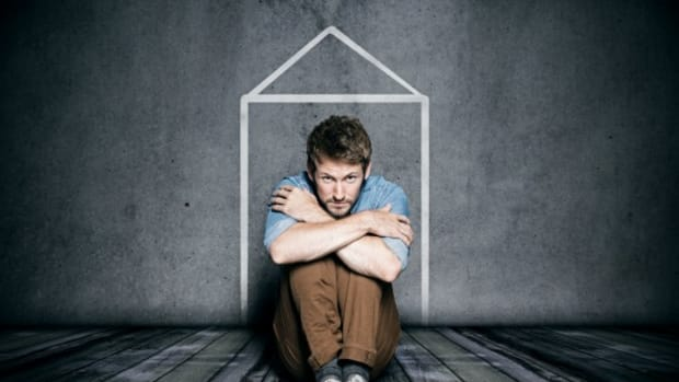 housebound-a-closer-look-at-agoraphobia