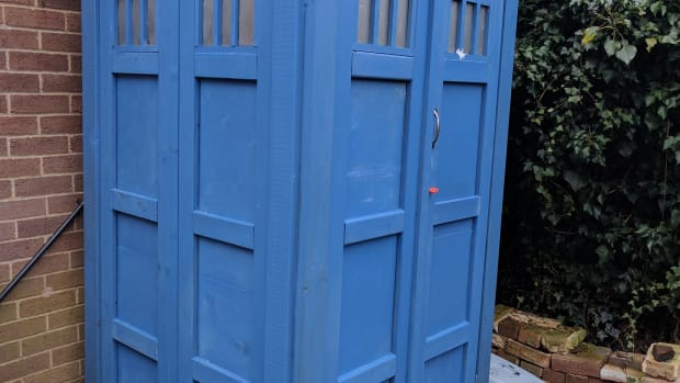 how-i-made-a-tardis-shed