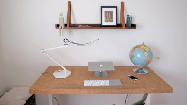 the-perfect-led-lamp-for-modern-creatives-the-e-reading-by-benq-reviewed