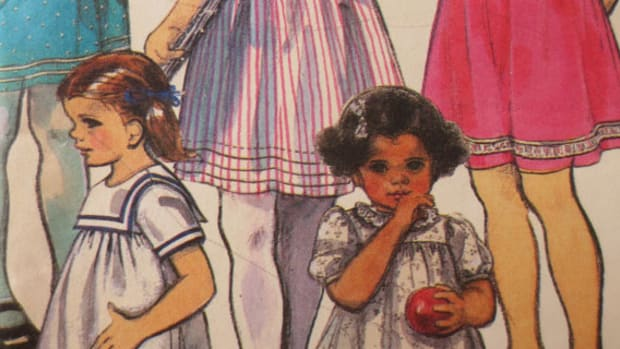 hear-that-whistle-blow-viii-starting-school-with-homemade-dresses