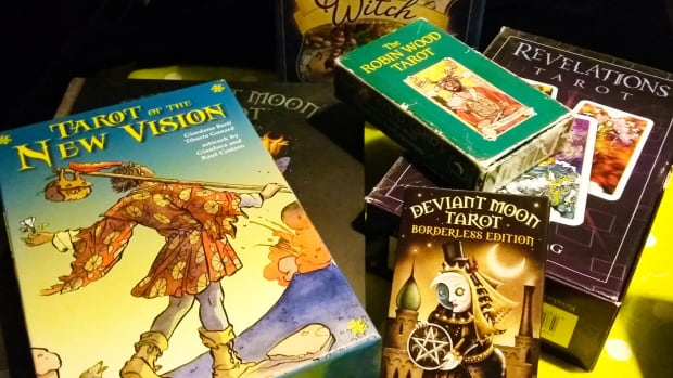 favorite-five-tarot-decks