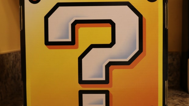 nintendo-question-block-culturefly-collector-box-review-nes