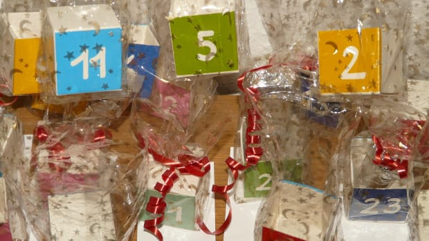 affordable-advent-calendar-ideas-themes-diy-adults-kids-pets