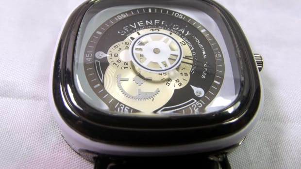 anatomy-of-a-sevenfriday-replica