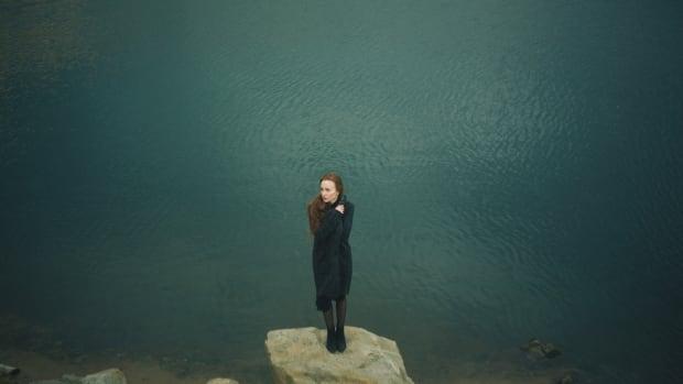 how-do-i-never-be-alone-againovercoming-shyness