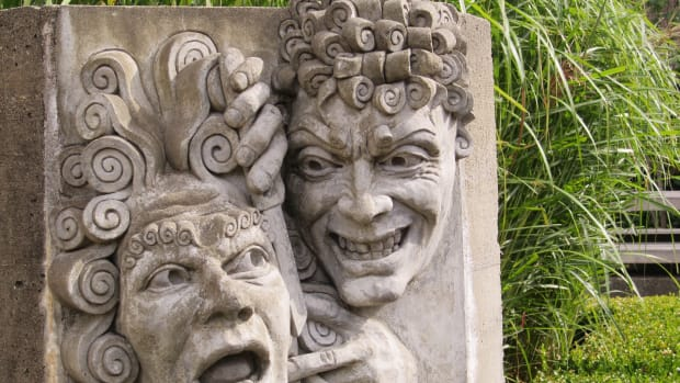 three-italian-operas-and-sculptures-of-important-characters