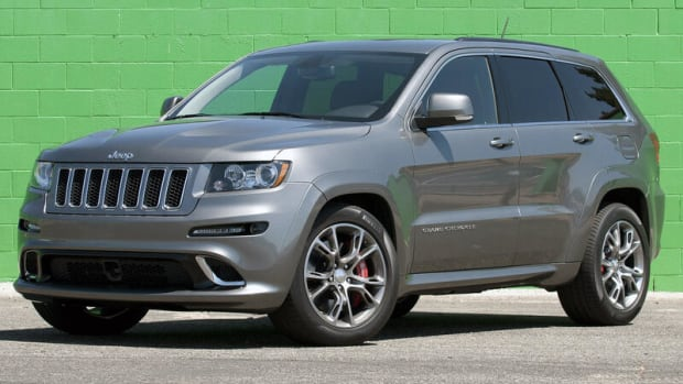 critical-review-why-the-jeep-grand-cherokee-srt-trackhawk-is-the-wrong-long-term-solution