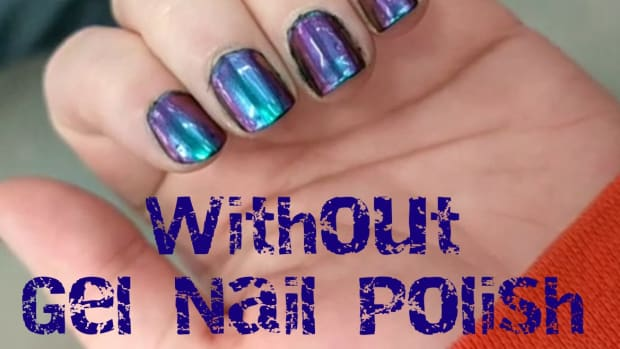 nails-diy-how-to-use-multichrome-or-holographic-powder-without-gel-nail-polish