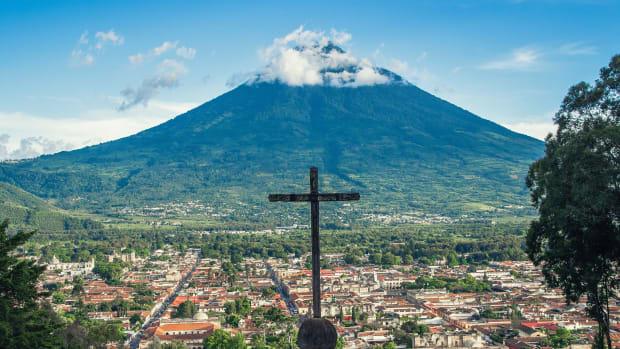 12-dangerous-volcanoes-along-the-ring-of-fire