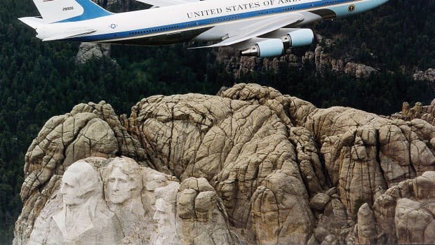 presidential-aircraft-and-air-force-one