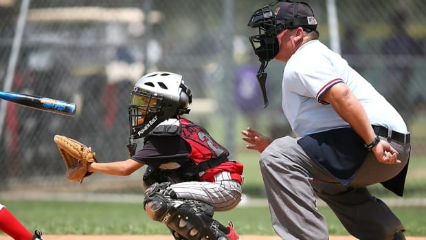 easy-steps-to-make-someone-a-better-youth-baseball-coach