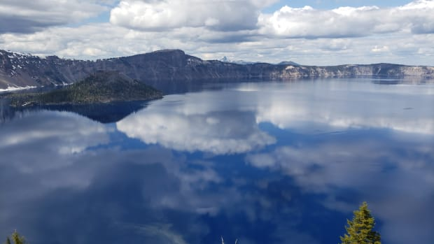 crater-lake-national-park-of-oregon
