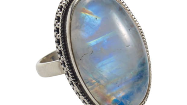 top-5-uses-of-moonstone