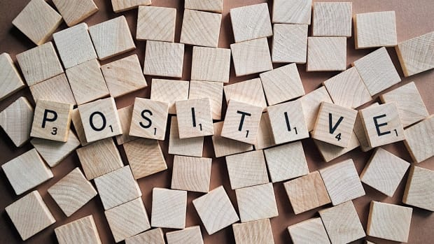 how-to-stay-positive-during-difficult-times