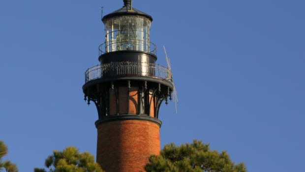 lighthouses-in-poetry-a-poem