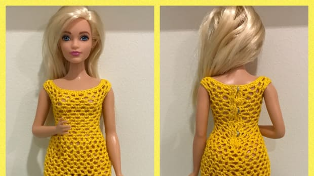 curvy-barbie-scoop-neckline-bodycon-dress-free-crochet-pattern