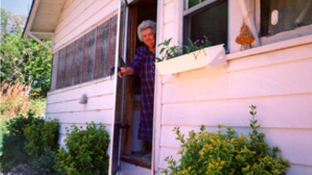 my-mother-and-alzheimers-home-to-stay