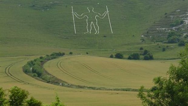 short-story-the-long-man-response-to-my-challenge-chalk-figure-on-a-hillside-background-to-the-long-man-and-story
