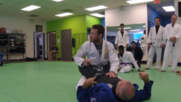 maintaining-posture-in-closed-guard