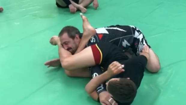 side-switch-armbar-from-closed-guard