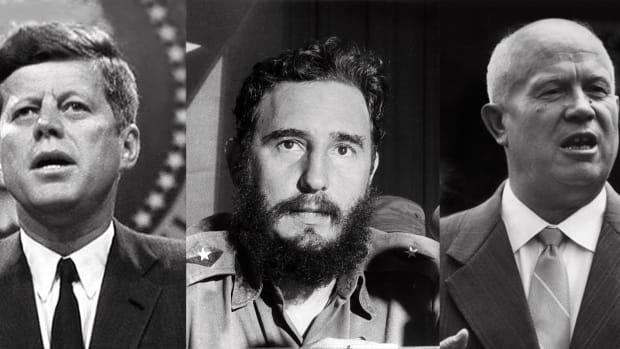 the-cuban-missile-crisis-on-the-brink-of-nuclear-war