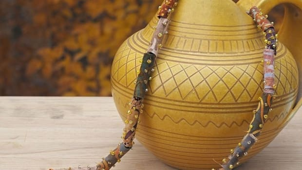 how-to-make-batik-fabric-beads-and-a-necklace-diy-jewelry-tutorial